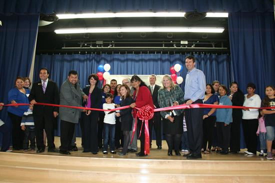 LAUSD CUTS RIBBON ON NEW ELEMENTARY SCHOOL THAT RELIEVES